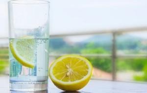 آب لیمو و تاثیر آن بر جای جوش