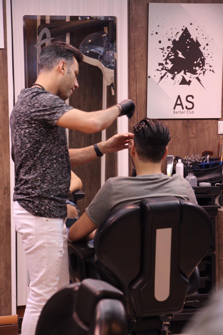 کوتاهی مو در آرایشگاه مردانه