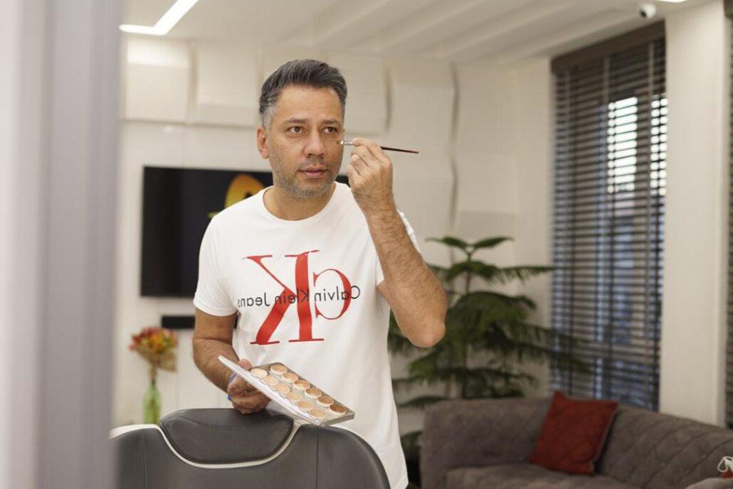 گریم داماد توسط آرایشگر حرفه ای مردانه در تهران