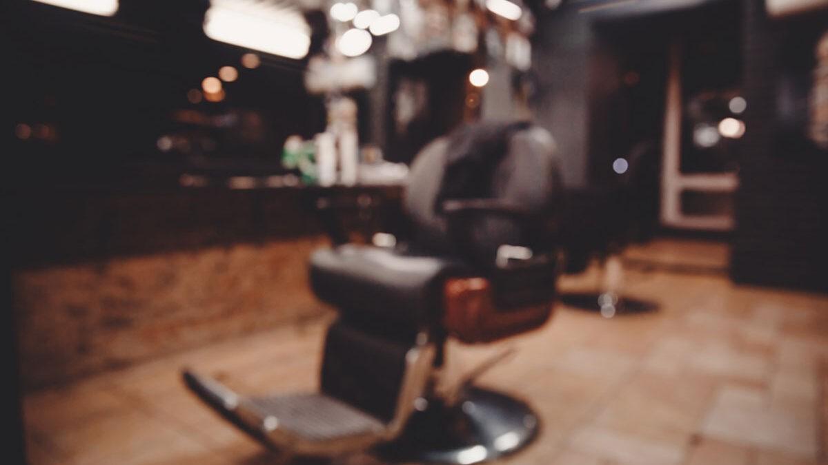 8 ویژگی یک آرایشگر باکیفیت