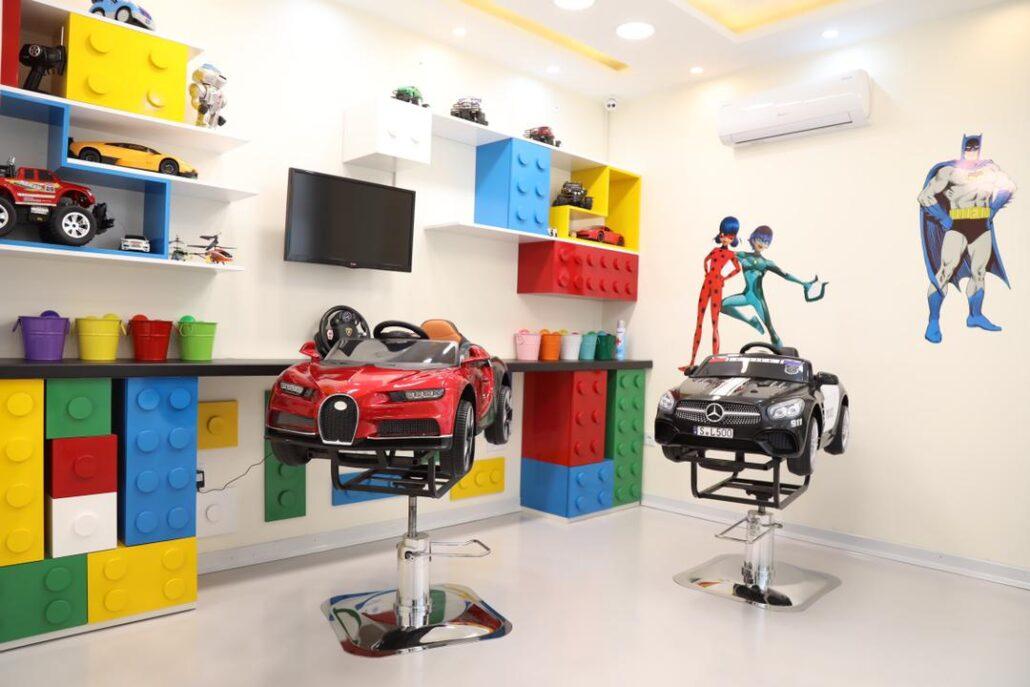 امکانات آرایشگاه تخصصی کودک آس
