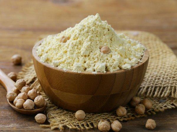 درمان سیاهی دور چشم با آرد برنج